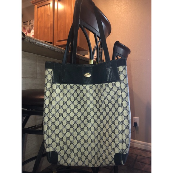 4bde48d5dc7990 Gucci Bags | Authentic Vintage Logo Purse Bag | Poshmark